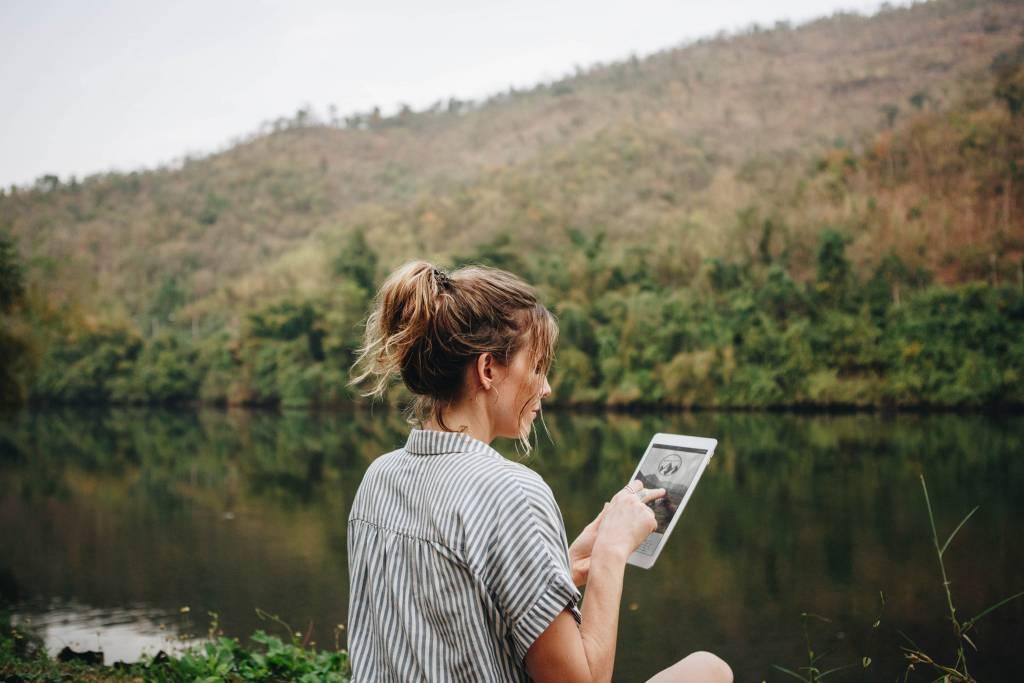 kemudahan internetan di semua situasi bareng TravelWifi